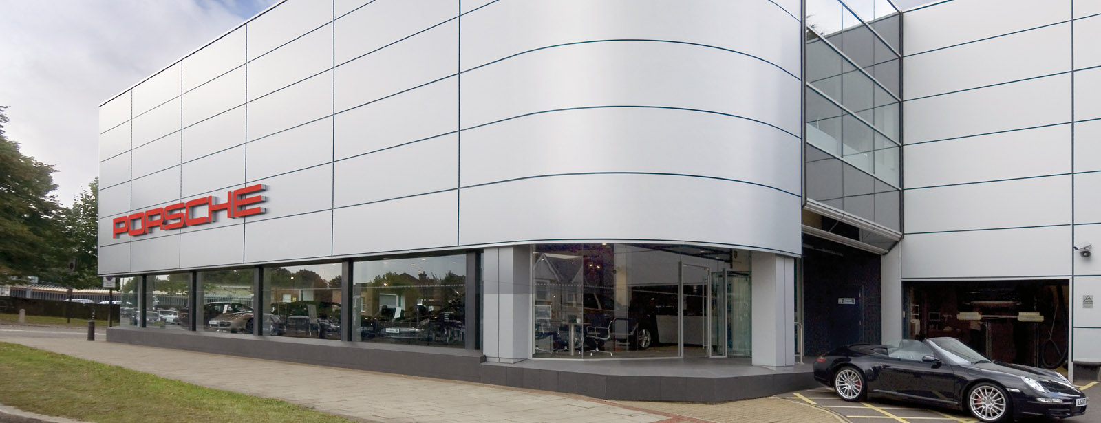 Porsche Centre West London